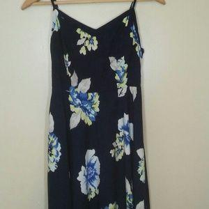 Old Navy Sun Dress Floral navy blue midi size S